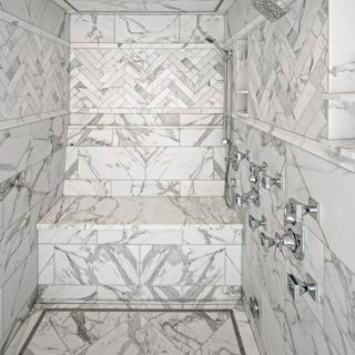 Calacatta Mosaic Install - square 320x320